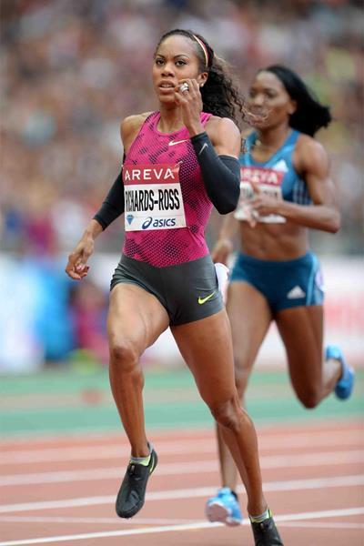 Sanya Richards-Ross on her way to winning the 400m at the IAAF Diamond League meeting in Paris (Jiro Mochizuki)