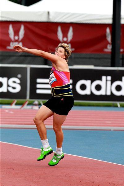 Sunette Viljoen - 69.35m African record in New York (Victah Sailer)