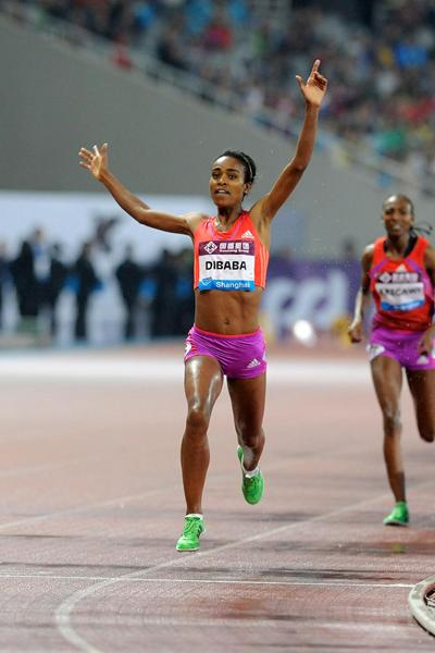 Genzebe Dibaba - national record in Shanghai (Errol Anderson)