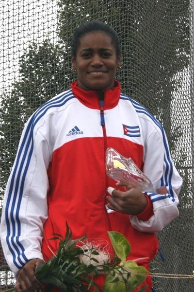 Yipsi Moreno with her victor's golden spike in Ostrava (Bob Ramsak)