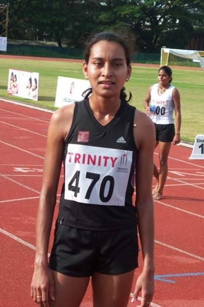 Sinimol Paulose (bib 470) distance double and best athlete among women at the Indian champs (Ram. Murali Krishnan)