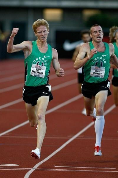 Matt Tegenkamp (l) edges Chris Solinsky to take another US 5000m title (Getty Images)