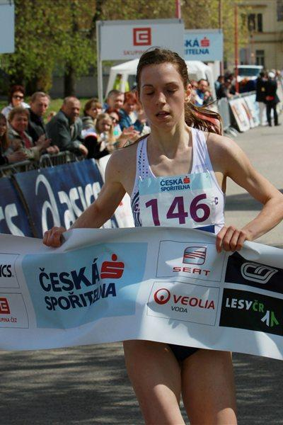 Anezka Drahotova winning in Podebrady (Jan Kucharčík for atletika.cz)