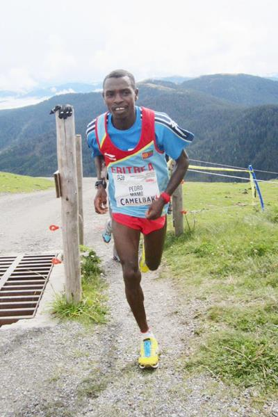 Pedro Mamo of Eritrea on his way to victory at the WMRA Grand Prix in Saalfelden (Photo ST)