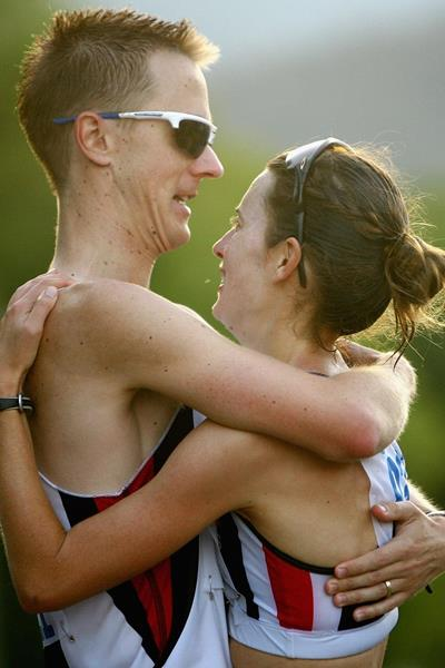 Jared Tallent celebrates with his wife Claire Tallent (Getty Images)
