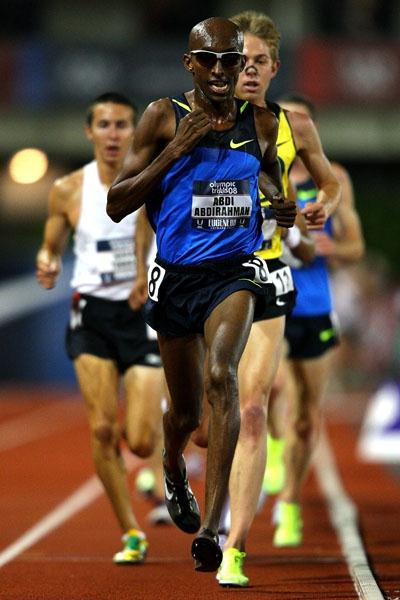 Abdi Abdirahman en route to the 10,000 title in Eugene (Getty Images)