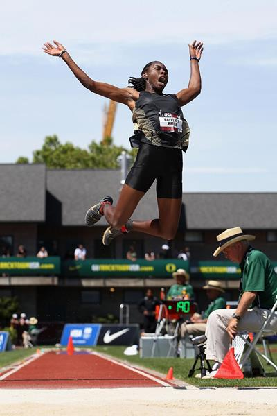 Brittney Reese wins the long jump in Eugene (Getty Images)