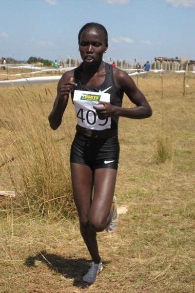Vivian Cheruiyot on her way to victory at the 5th edition of the Tuskys Cross Country in Eldoret (David Macharia)