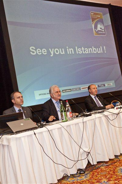 Members of the LOC of Istanbul 2012 address the IAAF Council, Monaco, 10 November 2011 (Philippe Fitte)