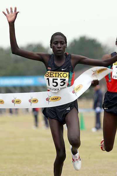 Pauline Korikwiang beats Kenyan team-mate Veronica Wanjiru - Women's Junior race (Getty Images)