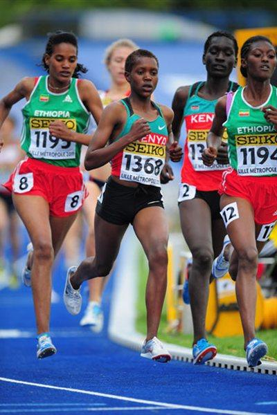 Gold Medalist Faith Chepngetich Kipyegon of Kenya (C) in action in the Girls 1500 metres final - Day Four - WYC Lille 2011 (Getty Images)