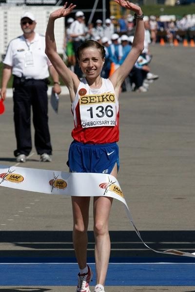 Olga Kaniskina of Russia crosses the finish-line to win the gold medal (Getty Images)