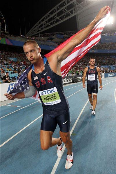 Trey Hardee celebrates winning the Decathlon gold medal in Daegu (Getty Images)