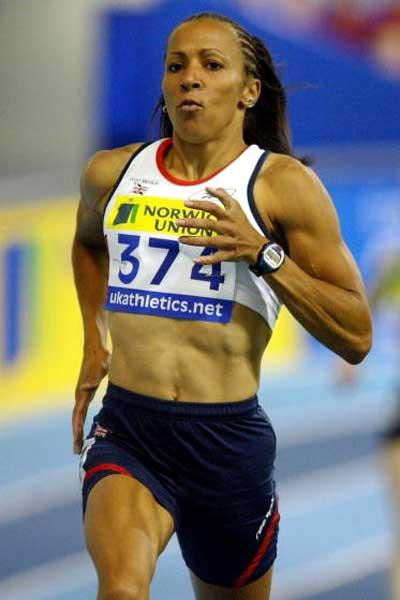 Kelly Holmes running in Sheffield (Getty Images)