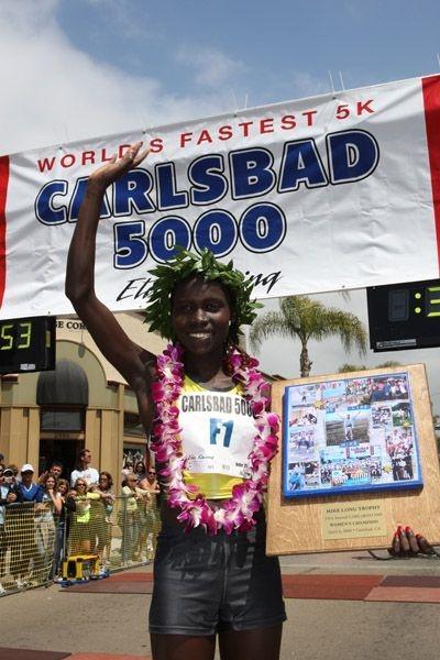 Vivian Cheruiyot after her win at the 2008 Carlsbad 5000 (Victah Sailer)