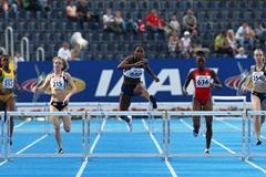 Takecia Jameson of USA on her way to victory in the Women's 400m Hurdles (Getty Images)