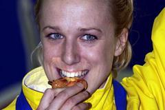 Kajsa Bergqvist after winning the women's high jump (Getty Images)