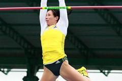 Jenn Suhr wins the Pole Vault at the 2013 IAAF Diamond League in New York (Victah Sailer)