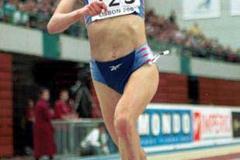 Lisbon 2001 Women's 3000m (© Allsport)