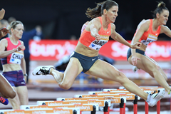 Zuzana Hejnova in the 400m hurdles at the IAAF Diamond League meeting in London (Jean-Pierre Durand)