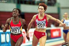 Lisbon 2001 Women's 800m final (© Allsport)