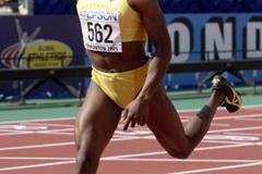 800m Final - Maria Mutola (© Allsport)
