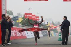 Florence Kiplagat wins the women's race at the 2013 Delhi Half Marathon (Organisers)