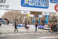 Florence Kiplagat setting a half marathon world record in Barcelona  (Organisers)