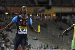 Aaron Ernest of United States (L) wins the Men's 4x100 metres Relay Final on the day five of the 14th IAAF World Junior Championships in Barcelona on 14 July 2012 (Getty Images)