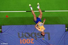 Lisbon 2001 Men's high jump final (© Allsport)