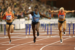 Dawn Harper Nelson winning the 100m hurdles at the 2015 IAAF Diamond League final in Brussels (Giancarlo Colombo)
