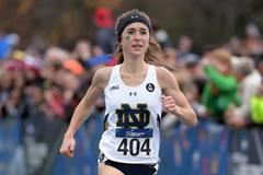 Molly Seidel wins at the 2015 NCAA Cross Country Championships (Kirby Lee)