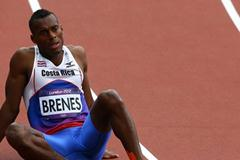 Nery Brenes of Costa Rica compete in the Men's 400m Round 1 Heats on Day 8 of the London 2012 Olympic Games at Olympic Stadium on August 4, 2012 (Getty Images)