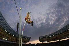 BERLIN - AUGUST 17:  Anna Rogowska of Poland competes in the women's Pole Vault Final during day thr (Getty Images)
