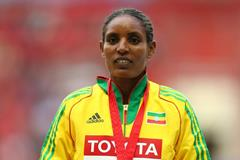 Ethiopia's Belaynesh Oljira on the podium at the 2013 IAAF World Championships (Getty Images)