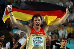 Matthias de Zordo of Germany celebrates victory in the men's javelin final  (Getty Images)