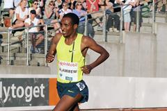 Yenew Alamirew in the 5000m at the 2014 IAAF Diamond League in Oslo (Mark Shearman)