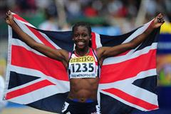 Desiree HENRY (GBR) celebrates after winning the Girls 200 metres - Day Five - WYC Lille 2011 (Getty Images)