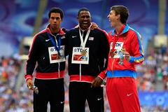 David Oliver laughs during the medal ceremony in Moscow ()
