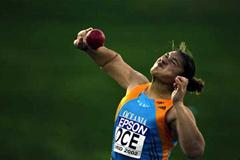 Valerie Adams in World Cup action for Oceania (Getty Images)