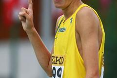 Johan Rogestedt of Sweden celebrates his victory in the 800m final (Getty Images)