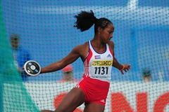 Gold medal winner Rosalia VAZQUEZ of Cuba in action in the Girls Discus final - Day Four - WYC Lille 2011 (Getty Images)