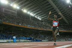 Isabella Ochichi of Kenya takes silver in the 5000m (Getty Images)