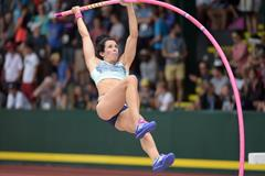 Jenn Suhr at the 2015 US Championships (Kirby Lee)