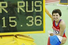 Russia's Tatyana Lebedeva poses after breaking the Triple Jump World Indoor record (Getty Images)
