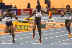 Angela Williams edges ahead of Jeanette Kwakye to win the IAAF World Indoor 60m title (Getty Images)