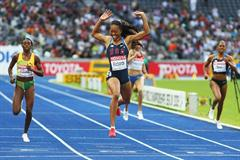World Leader Sanya Richards of the USA crosses the line in 49.00 seconds to win her first global title in the women's 400m (Getty Images)