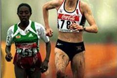 Paula Radcliffe leading the Women's Long Race in Ostend (© Allsport)