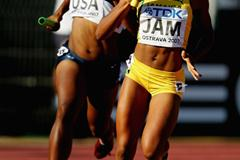 Erica Alexander of USA and Latory McDermott of Jamaica during the Medley Relay final (Getty Images)