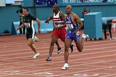 Frank Fredericks takes 200m gold in Manchester (© Allsport)